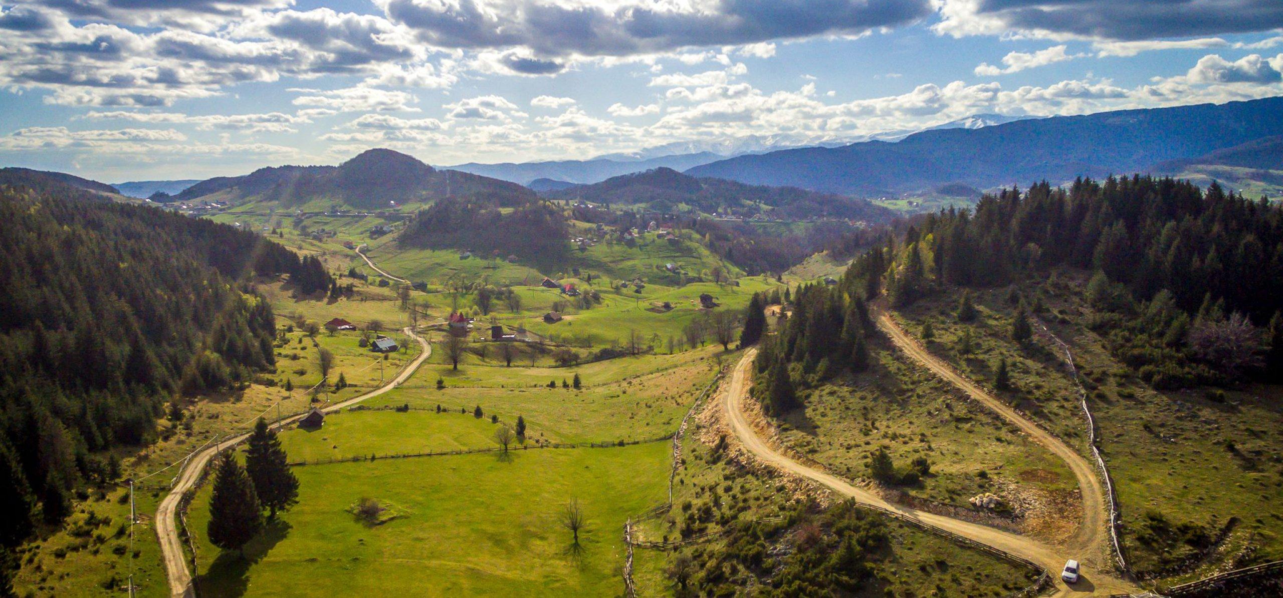 Cheile Gradistei Fundata drumuri off-road