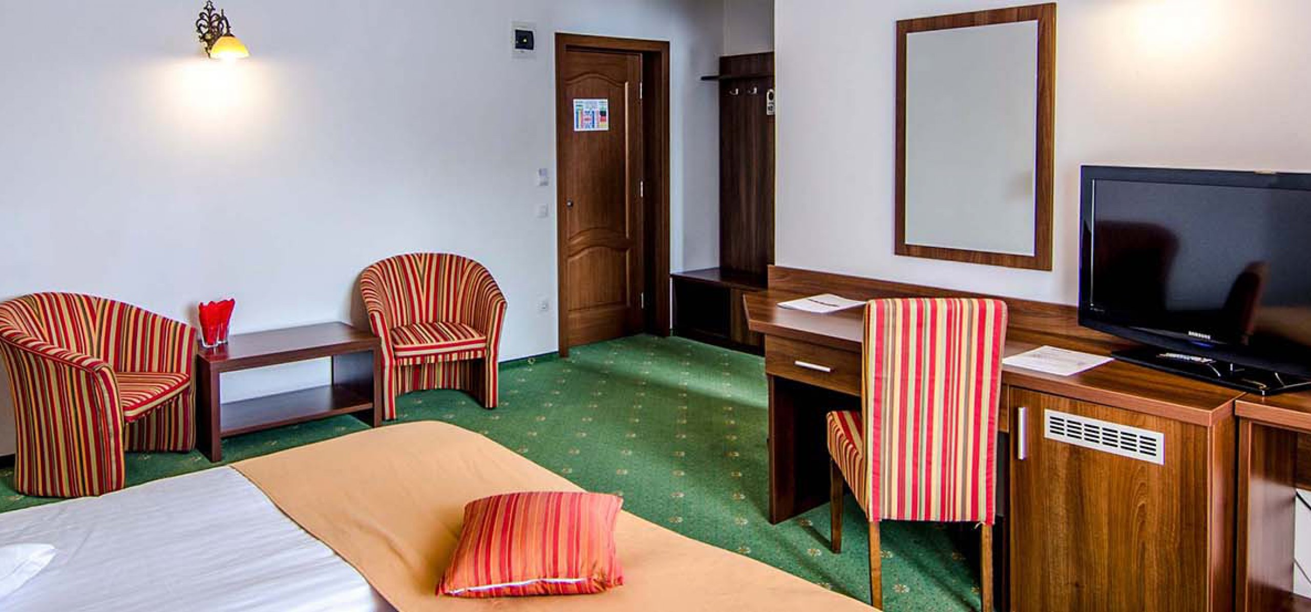 camera-dubla-matrimoniala-hotel-piatra-craiului-2
