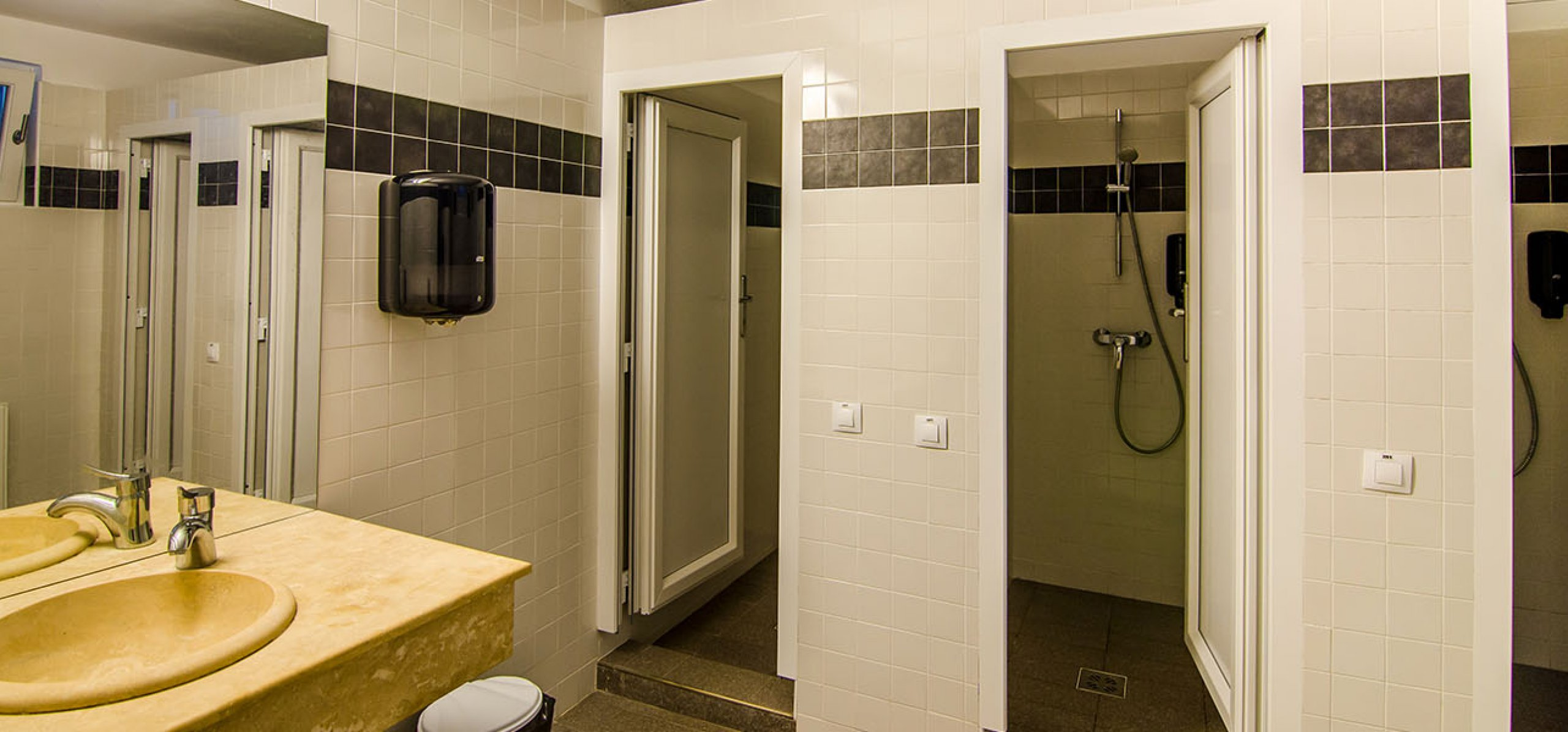 grup-sanitar-ultradotat-hotel-bucegi-2