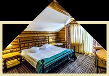 vila-de-lemn-camera-dubla-matrimoniala-cazare-in-moeciu